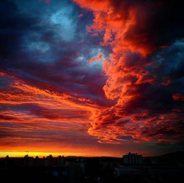 Fire Storm Sky in Lyon